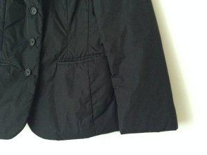 Prada Jacke, tiefschwarz, Größe S für lässig oder elegant