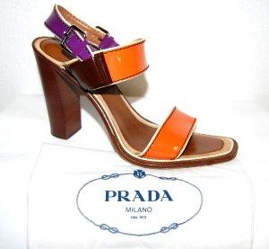 PRADA Lackleder Sandalen mit Blockabsatz Gr. 41