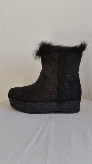Prada, Lammfell-Boots, gefüttert, schwarz, 39, neu, € 850,-