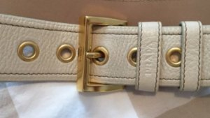 PRADA Ledergürtel wollweiß 85 goldfarbene Details