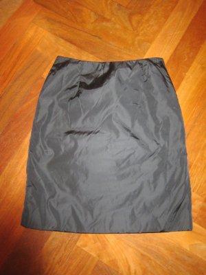 Prada Falda de tubo negro Nailon