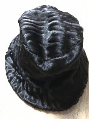 Prada Mütze Lammfell schwarz Gr L