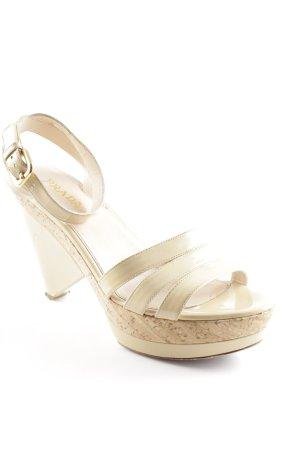 Prada Plateau-Sandaletten beige extravaganter Stil