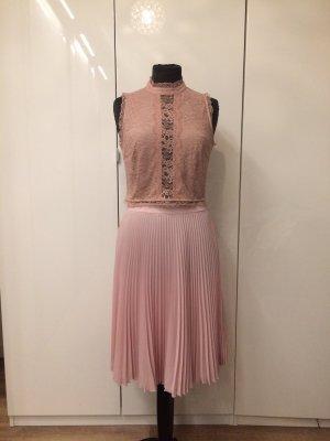 Prada Falda a cuadros rosa