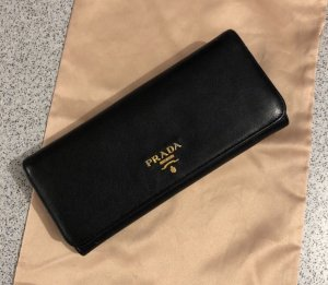 Prada Portemonnaie aus Leder NP:570€