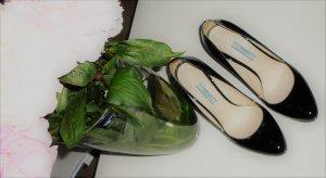 Prada Pumps Gr. 37,5 High Heels schwarz Lackleder