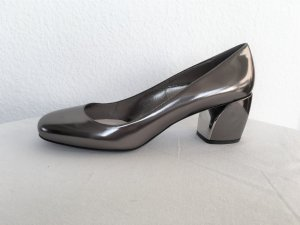 Prada T-Strap Pumps grey leather