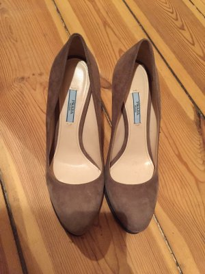 Prada Pumps Wildleder in Nude