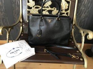 Prada saffiano Lux Handtasche