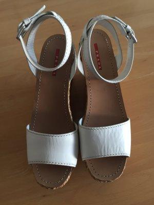 Prada Sandale NEU in weiß mit Plateauabsatz