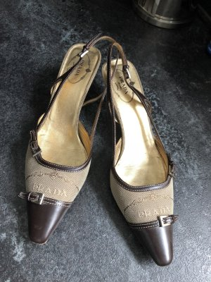 Prada Sandalo con cinturino e tacco alto marrone