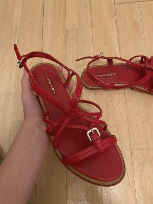 Prada Sandale d'extérieur rouge foncé