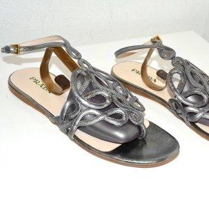 Prada Sandalen in Silber, aus Leder