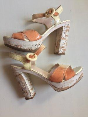 Prada Hoge hakken sandalen room-abrikoos