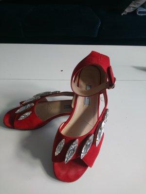 Prada Sandaletten, ein echter Blickfang!