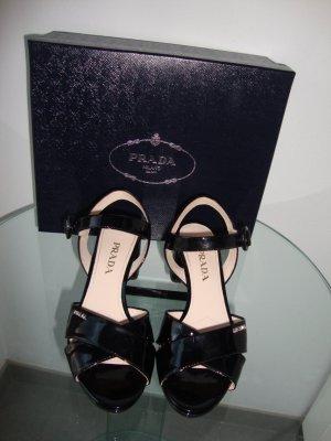 Prada Sandaletten Gr. 37 schwarz Lackleder 100% Original WIE NEU!!!