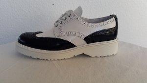 Prada Zapatos brogue azul oscuro-blanco Cuero