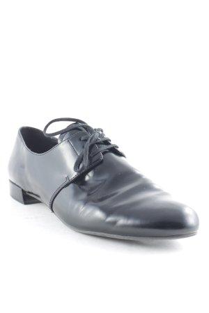 Prada Schnürschuhe schwarz Elegant