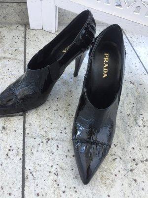 Prada Schuhe in schwarz Größe 36