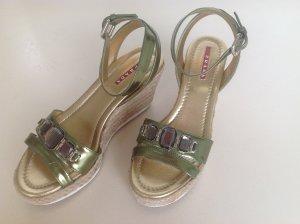 Prada Schuhe NEU Gr. 37,5 Keilabsatz