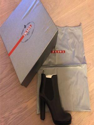 PRADA Schwarze Leder-Boots , neu und ungetragen