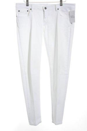 Prada Vaquero slim blanco puro look casual