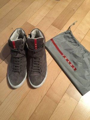 Prada Sneaker grigio Scamosciato