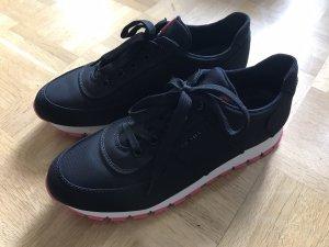 Prada Sneaker 40 schwarz rosa pink