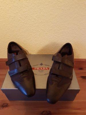 Prada Zapatillas con velcro marrón oscuro