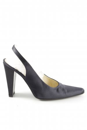 Prada Pointed Toe Pumps light grey business style