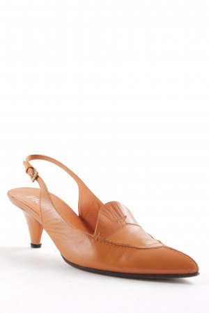 Prada Spitz-Pumps orange Retro-Look