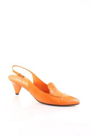 Prada Spitz-Pumps orange Retro-Look