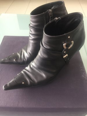 Prada Zipper Booties black