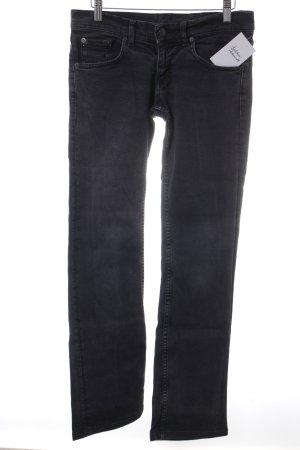 Prada Straight-Leg Jeans schwarz Street-Fashion-Look