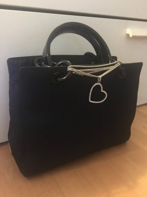 Prada Tasche Nylon schwarz Herz neuwertig mit Lieferschein