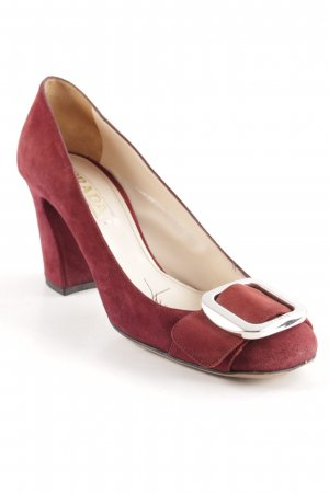 Prada Loafers bordeaux business style