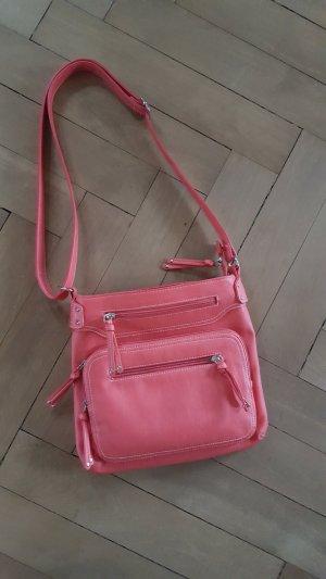 Praktische und schicke Tasche