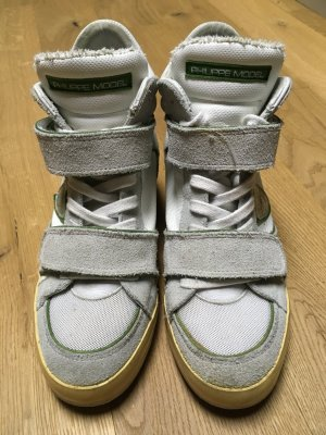 PREISSTURZ! Blickfang Sneakers mit etwas Absatz, Klettverschluss und Schnürsenkeln