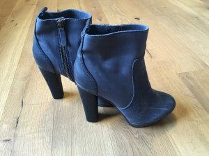 PREISSTURZ! Coole High Heel Boots
