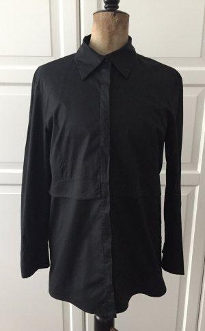 Premium schwarze taillierte Hemdbluse mit Schößchendetail in der Taille