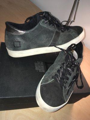 Sneaker stringata nero-bianco