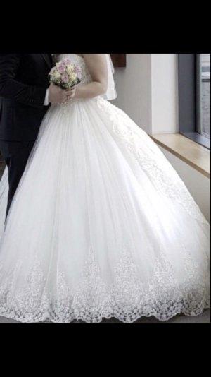 Prestige Prinzessinnen Brautkleid NP 2700€ Gr. S-L (Schnürung)