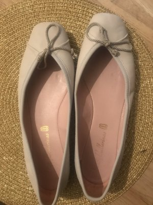 Pretty ballerinas Foldable Ballet Flats natural white