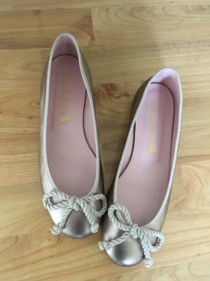 Pretty Ballerinas 37