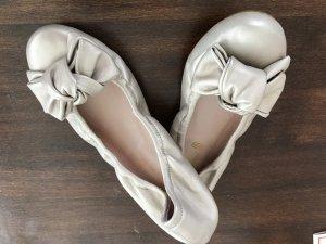 """Pretty Ballerinas Ballerinas """"Bow"""" Nappaleder, ungetragen Gr 37"""