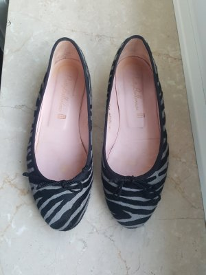 Pretty Ballerinas Fell Animal Print