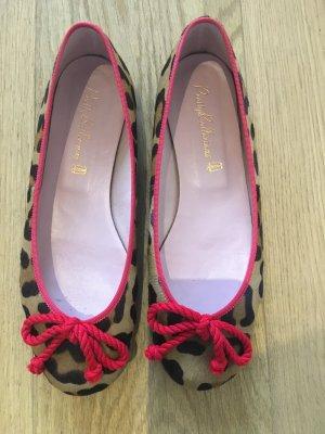 Pretty Ballerinas im Leopard-Look