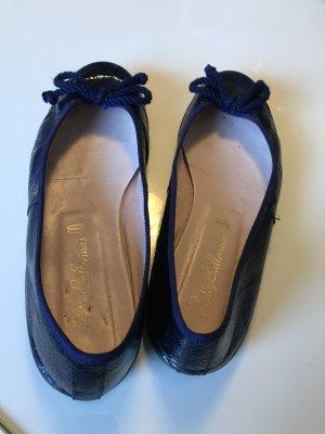 Pretty Ballerinas in dunkelblau