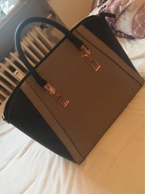 Primark Handtasche :)