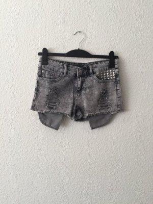 Primark Hotpants Nieten Jeansshorts S destroyed